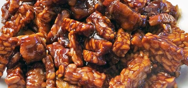 Sambal goreng tempéh (Roys Indo recepten)